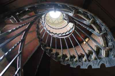 escalier_Institut_Catholique_Paris