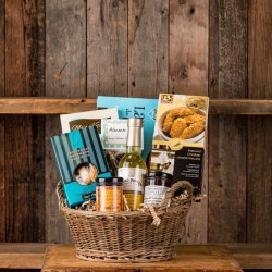 Sweet & Savoury Almonte gift basket
