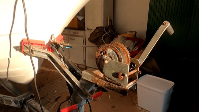 treuil manuel remorque avant ajout treuil électrique