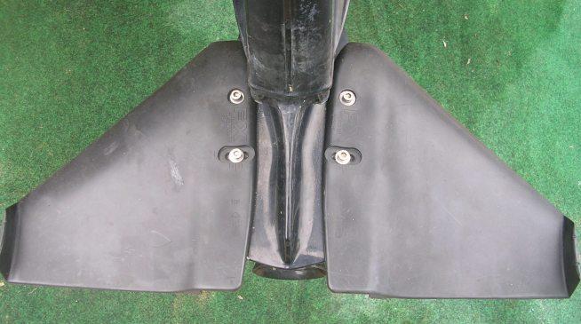 flaps ou hydrofoils pour moteur hors bord vue de dessus