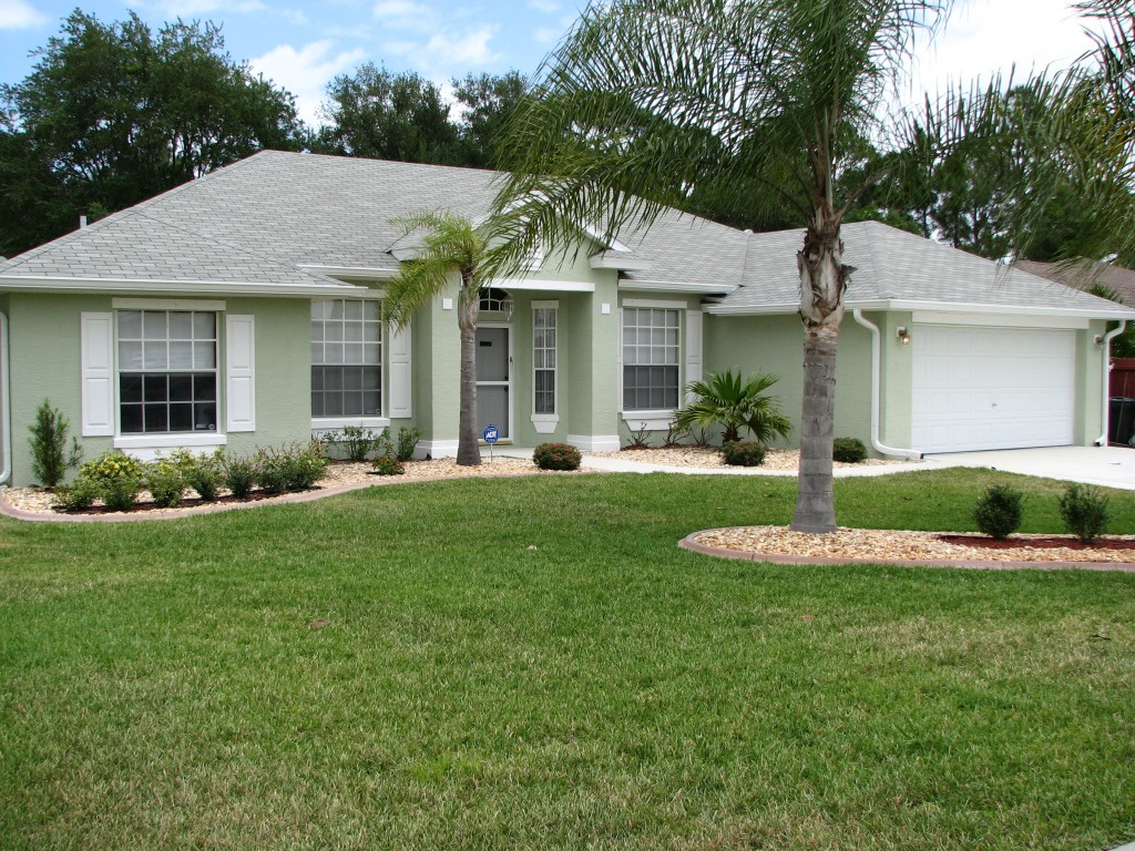 Cocoa, FL Exterior House Painting Project By: Peck Painting