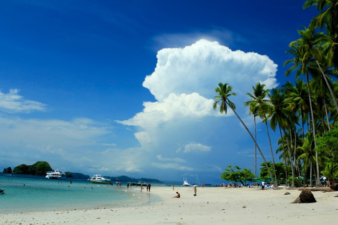 The view from the beach at Tortuga Island.