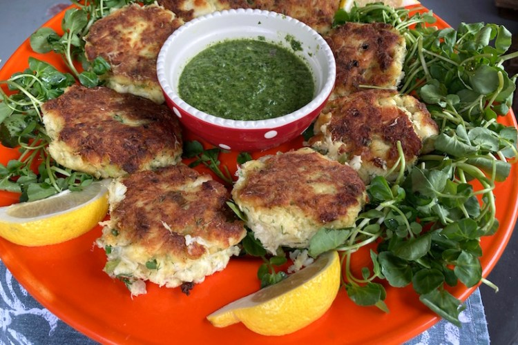 fish cakes watercress salad