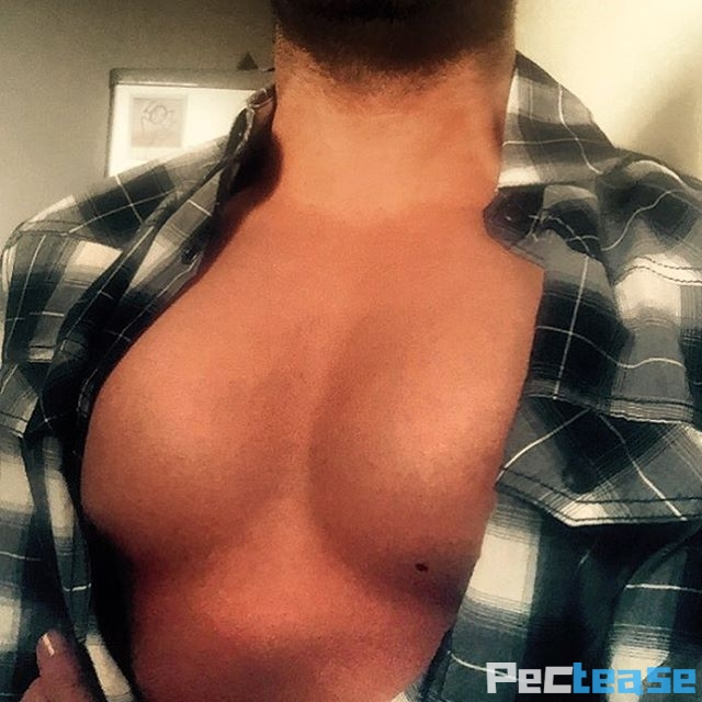Pectease- Mark pec cleavage in open plaid shirt