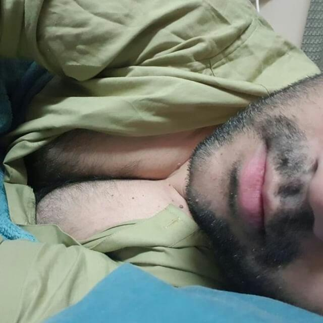 Chubbyhotness says to come join him and enjoy his hairy cleavgae