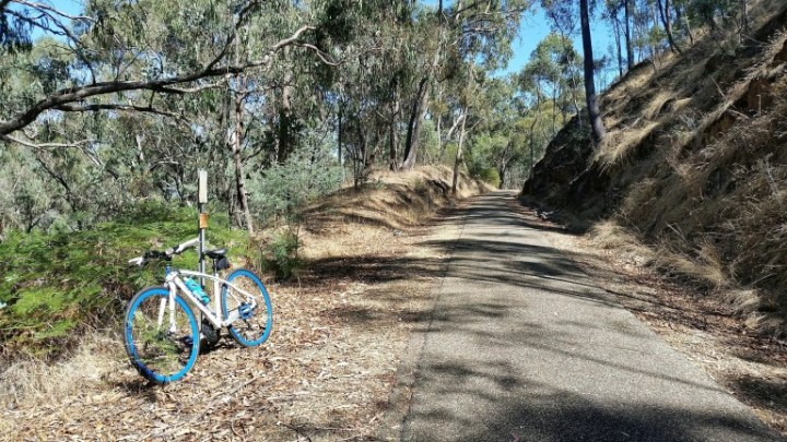 Murray-to-Mountains-Beechworth-to-Everton-by Kerri Newell