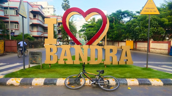 EXPERIENCING BANDRA, A DIFFERENT PERSPECTIVE ON A CYCLE