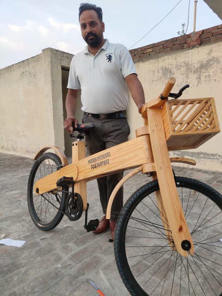 LOCKDOWN INSPIRES A MAN IN PUNJAB TO CREATE WOODEN BICYCLE
