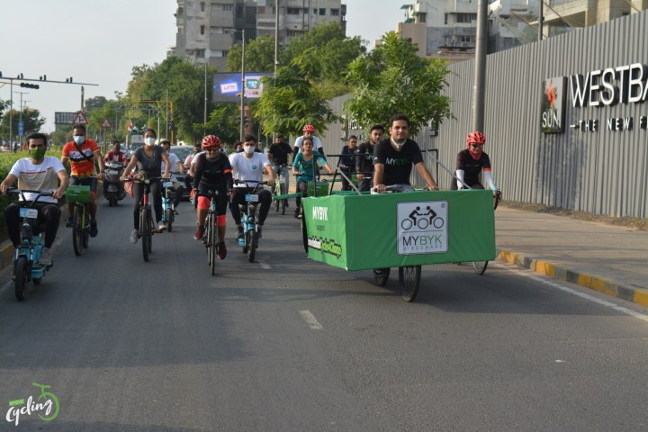 CITIZEN MOVEMENT PICKS UP PACE AS AHMEDABAD CYCLES4CHANGE