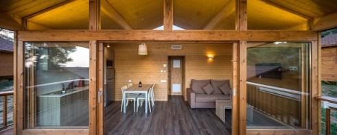 montllor-eco-bungalow_porxo-exterior_petita_605x243