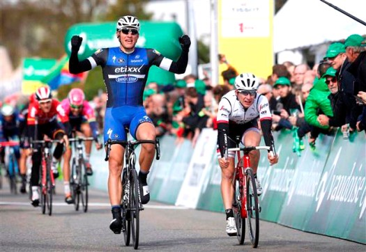 Marcel Kittel wins Stage 1 [P] Cor Vos