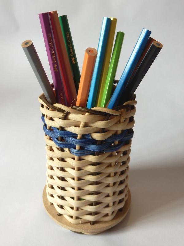 Step28 Stifte einlegen und fertig ist der Stifteköcher