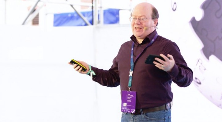 slideslive_larry-sanger_wikipedia-20-how-everipedia-puts-an-encyclopedia-on-the-blockchain