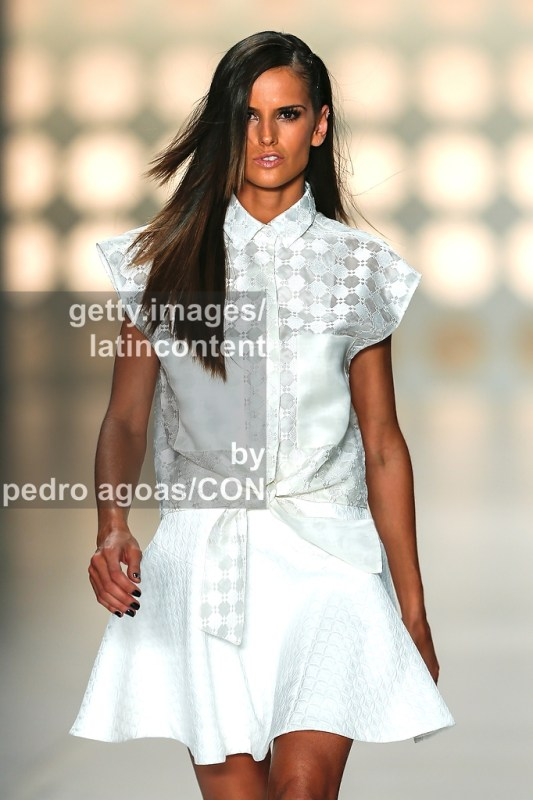SAO PAULO, BRAZIL - MARCH 21: Izabel Goulart down the runway showing a design by Colcci during São Paulo Fashion Week (SPFW) Summer 2013/2014 on March 21, 2013 in São Paulo, Brazil. (Photo by Pedro Agoas/LatinContent/Getty Images)