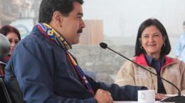 Maduro aprobó Bs. 7.152 millones para recuperar locales saqueados - Maduro aprobó Bs. 7.152 millones para recuperar locales saqueados