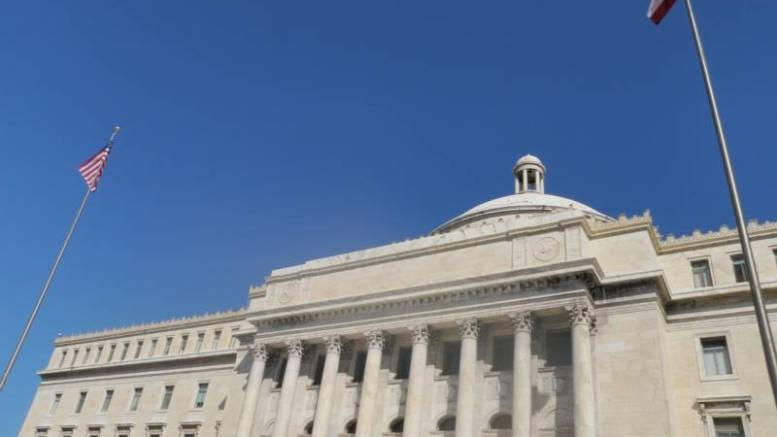 Puerto Rico se declara oficialmente en quiebra - Puerto Rico se declara oficialmente en quiebra