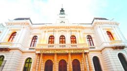 Problemas en la Banca Boliviana - Problemas en la Banca Boliviana