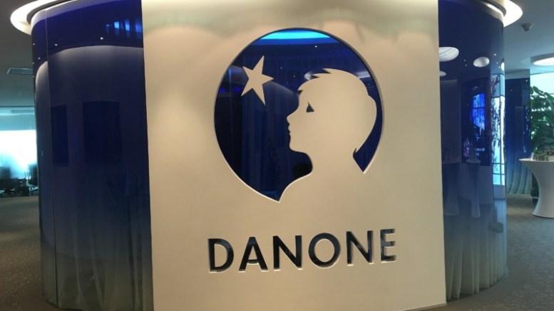 Así quedó Francesa Danone se entrega gustosa a EE.UU . - Así quedó: Francesa Danone se entrega gustosa a EE.UU.