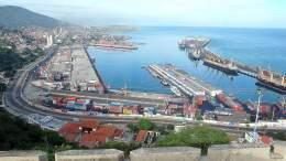 Cuatro barcos con alimentos arribaron a Venezuela - Cuatro barcos con alimentos arribaron a Venezuela