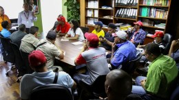 50 mil trabajadores de hidrológicas son beneficiados con contrato colectivo - 50 mil trabajadores de hidrológicas son beneficiados con contrato colectivo