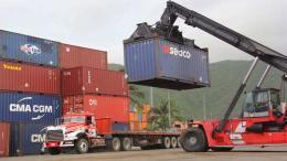 88 contenedores de alimentos y medicinas arribaron a Guanta - 88 contenedores de alimentos y medicinas arribaron a Guanta