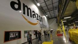 Amazon está comprando los centros comerciales abandonados que ayudó a hundir - Amazon está comprando los centros comerciales abandonados que ayudó a hundir