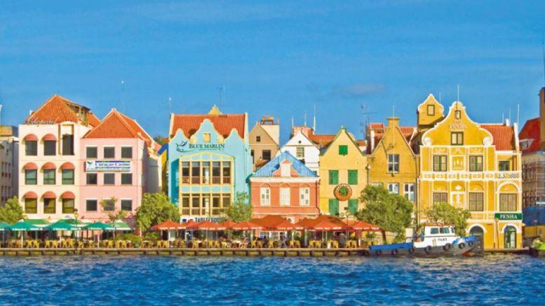 En la cuerda floja Venezuela podría eliminar comercio con Aruba y Curazao - ¡En la cuerda floja! Venezuela podría eliminar comercio con Aruba y Curazao
