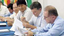 No más restricciones Morales liberó las exportaciones de alcohol y azúcar - ¡No más restricciones! Morales liberó las exportaciones de alcohol y azúcar