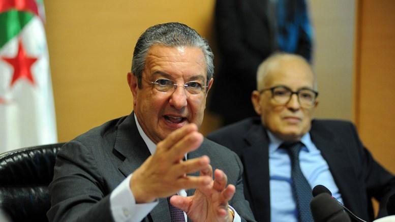 Reservas monetarias argelinas se desmoronan - Reservas monetarias argelinas se desmoronan