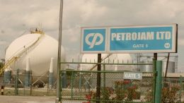 Jamaica presenta oferta para comprar parte de Pdvsa en refinería Petrojam - Jamaica presenta oferta para comprar parte de Pdvsa en refinería Petrojam