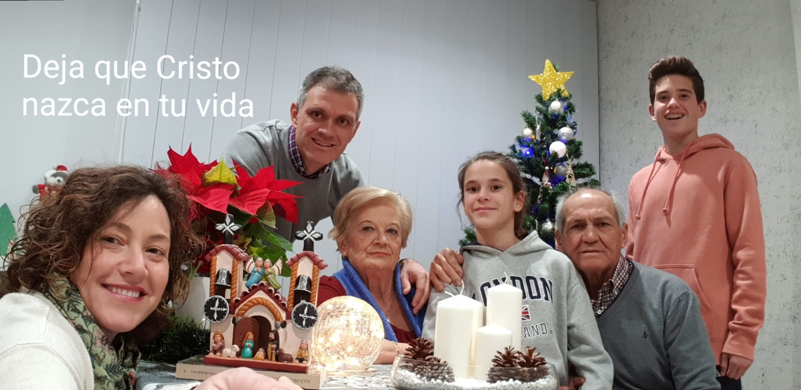 EN FAMILIA: FOTO Y MENSAJE DE NAVIDAD