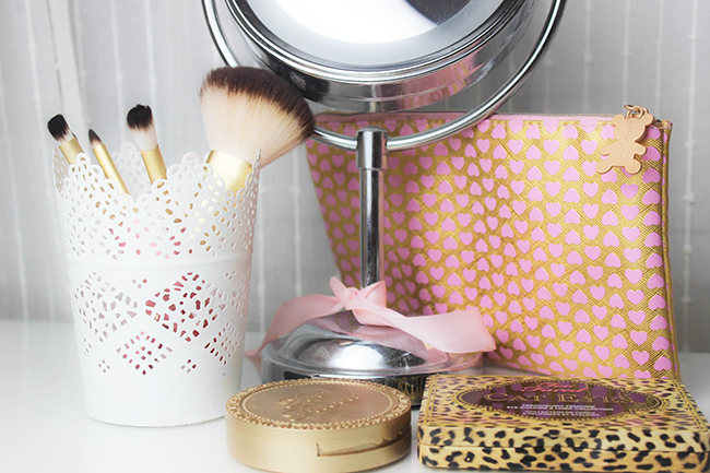 Absolute Essentials- Set de pinceaux TOO FACED-20