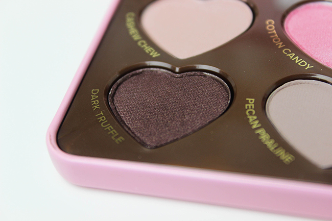 toofaced-chocolate-bonbons-peekaboooblog-11