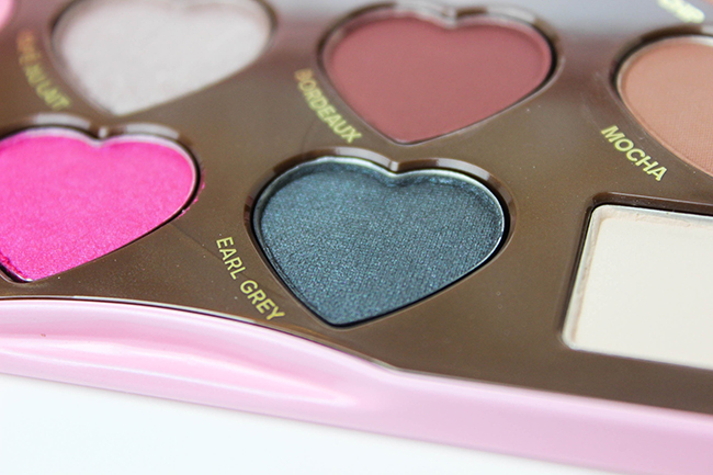 toofaced-chocolate-bonbons-peekaboooblog-15