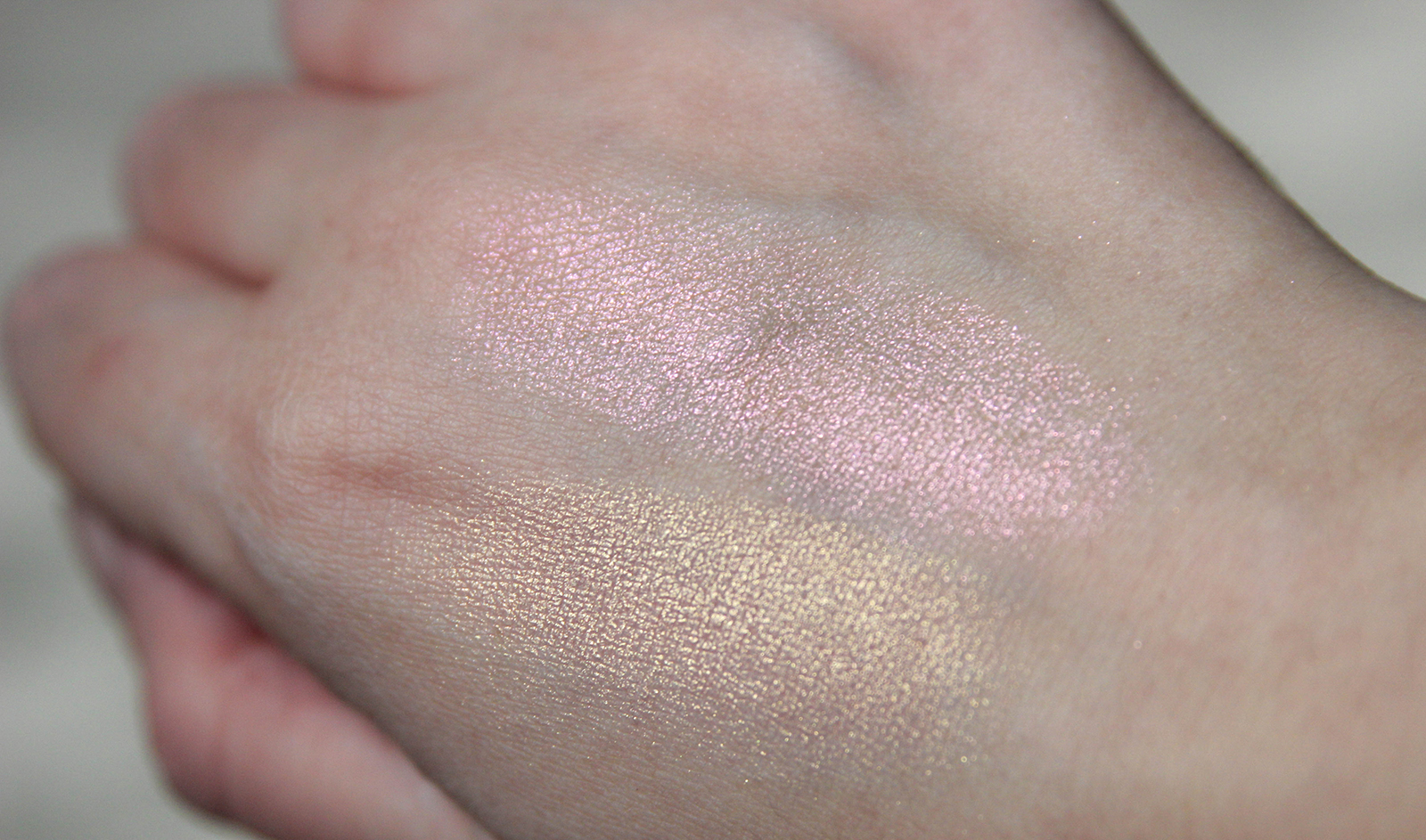highlighters Skinfinish_Extra Dimension_MACcosmetics-2
