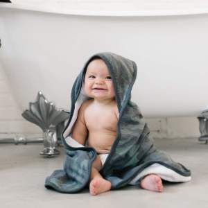 Copper Pearl Hunter Hooded Towel