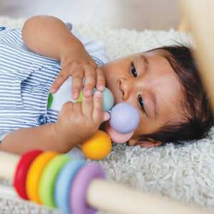 Le Van Toys Wooden-Beads-Teething-Development