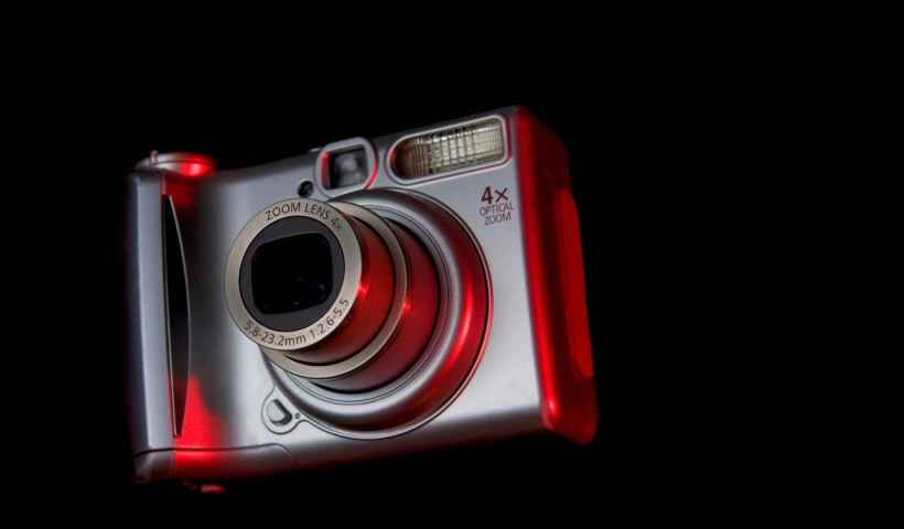 Best Buyers Guide - Point And Shoot Cameras For Travel