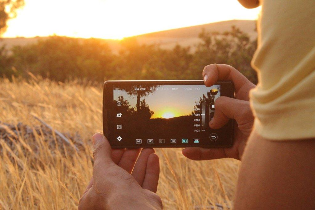 Best Smartphone For Filmmaking In 2021 - Video Recording