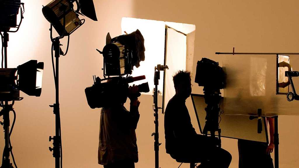 Essential Tips For Building A Reliable Short Film Budget For Beginners - 2021