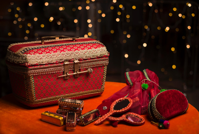 Vanity Case & Bridesmaids Gifts