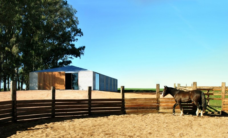www.pegasebuzz.com ⎪ Dream Barns : Solana Stables