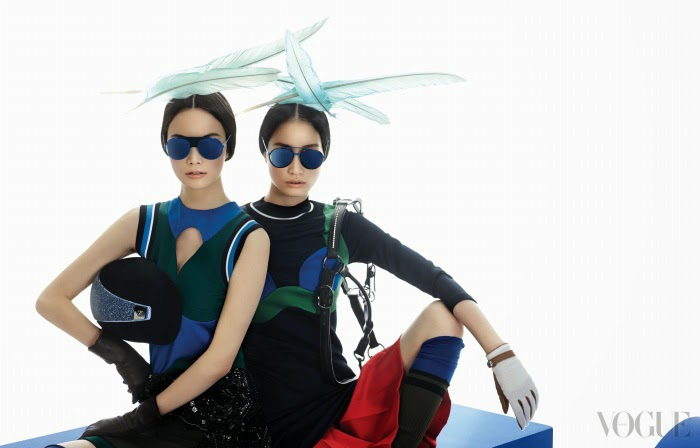 www.pegasebuzz.com | Kyung-Ah Song and Sera Park by Ogh Sang-Sun for Vogue Korea, february 2014