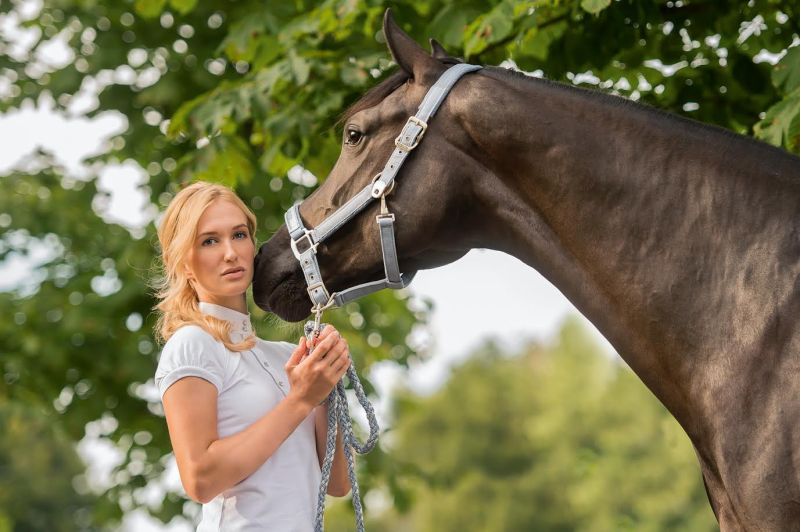 www.pegasebuzz.com | Equestrian Fashion : Schockemöhle Sports Chrome Collection