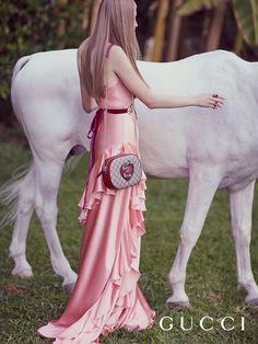 www.pegasebuzz.com | The horse of the Gucci Garden, 2016.
