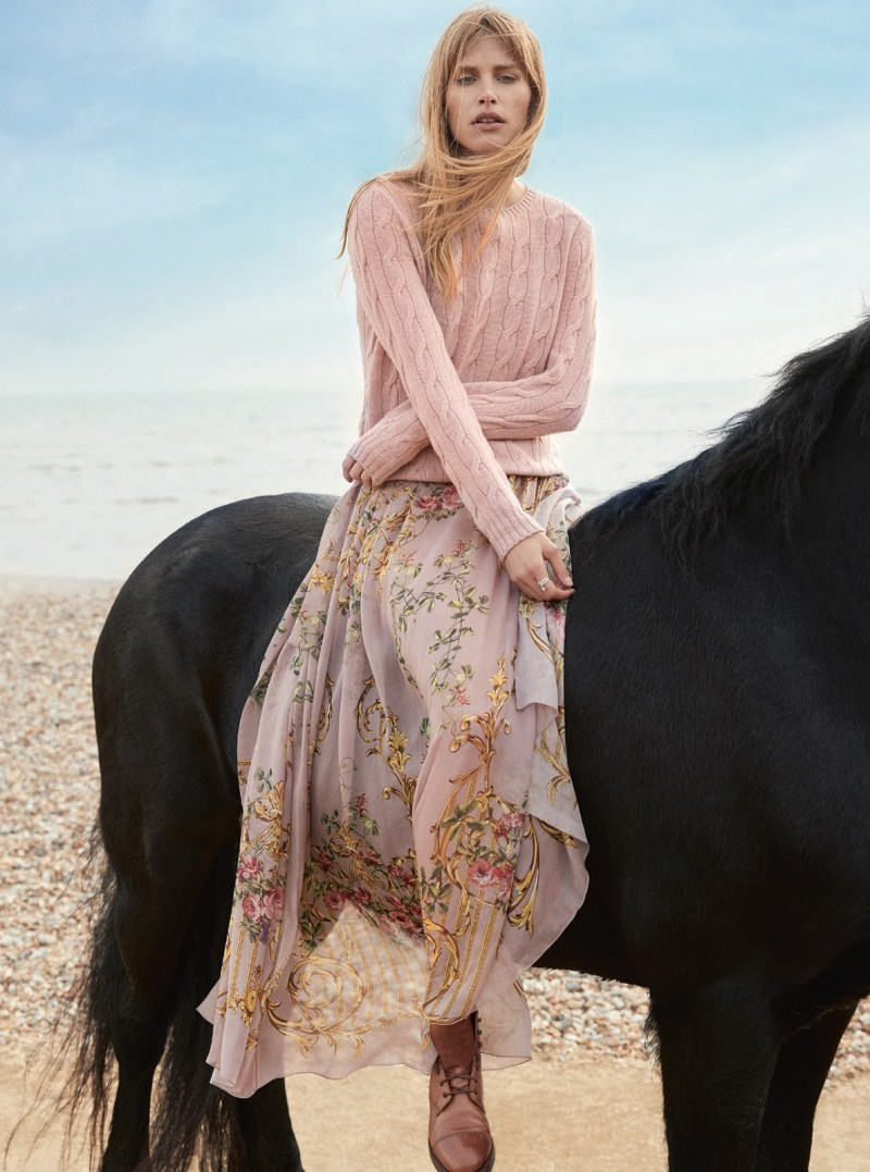 www.pegasebuzz.com | Annemara Post by Richard Phibbs for Town & Country, summer 2017