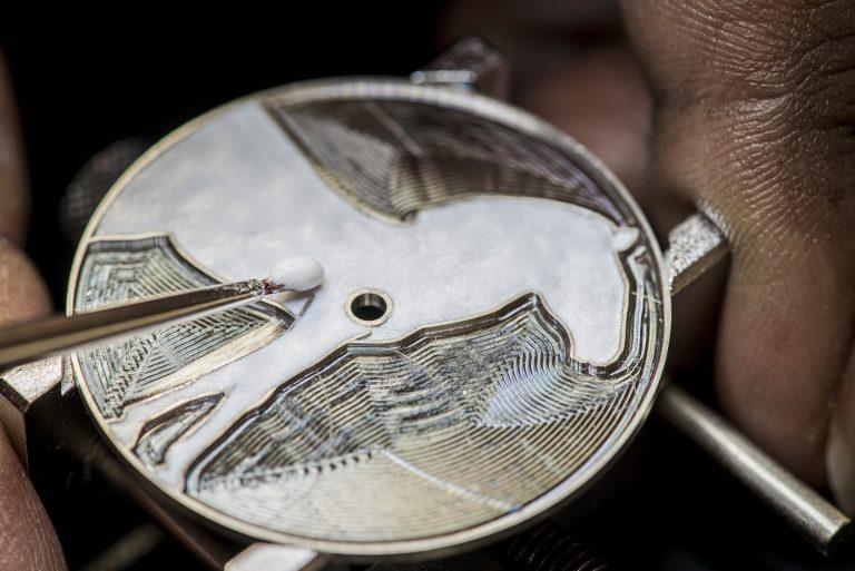 www.pegasebuzz.com | Luxury : Hermes watch : Zèbre de Tanzanie.