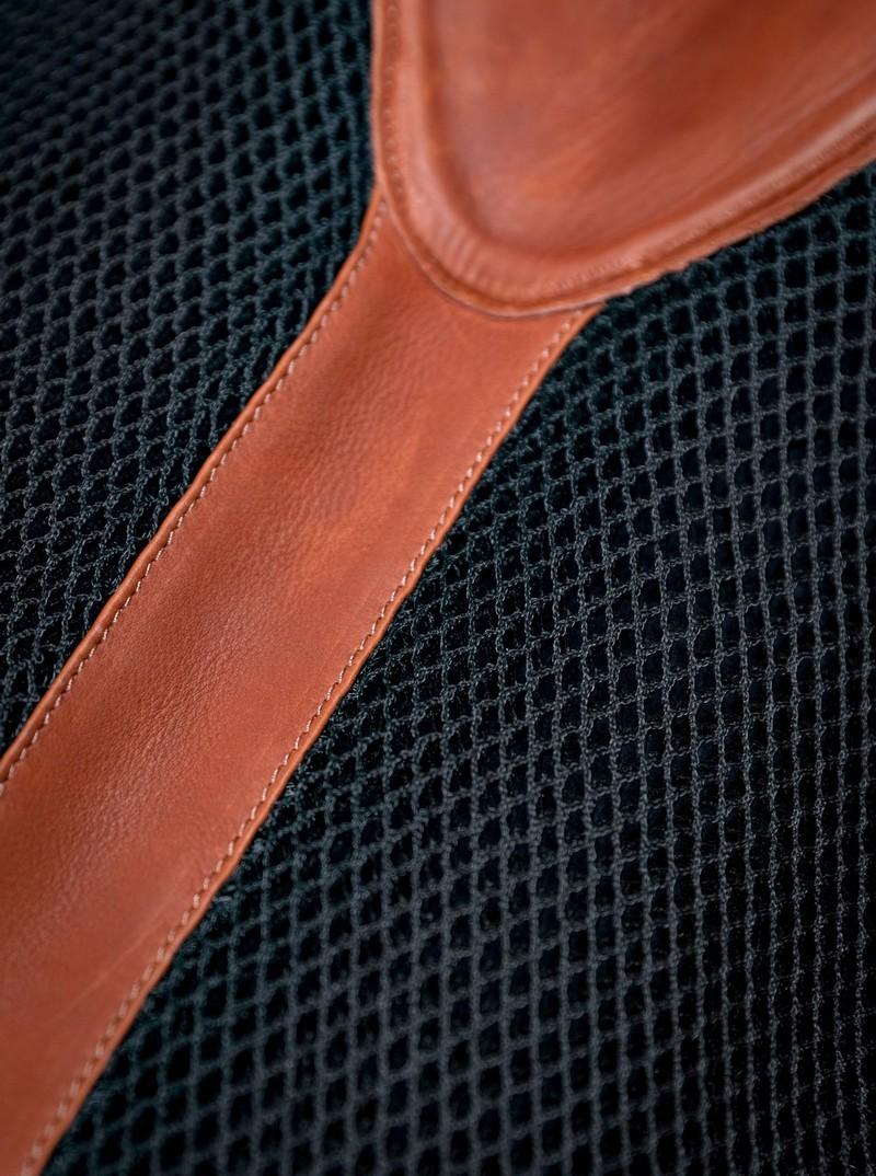 www.pegasebuzz.com | Adjust Pad by Antarès, amortisseur de correction avec pads amovibles sur-mesure.