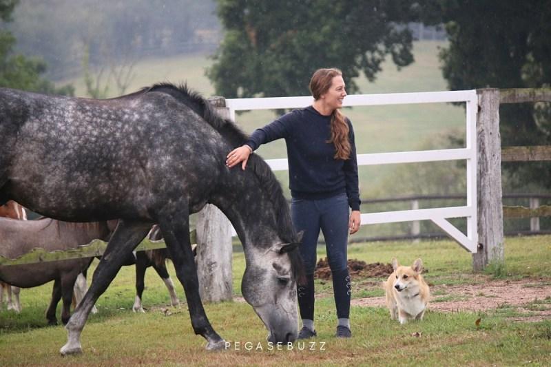 www.pegasebuzz.com | Ilaria Sutera : le cheval de sport de haut-niveau au naturel