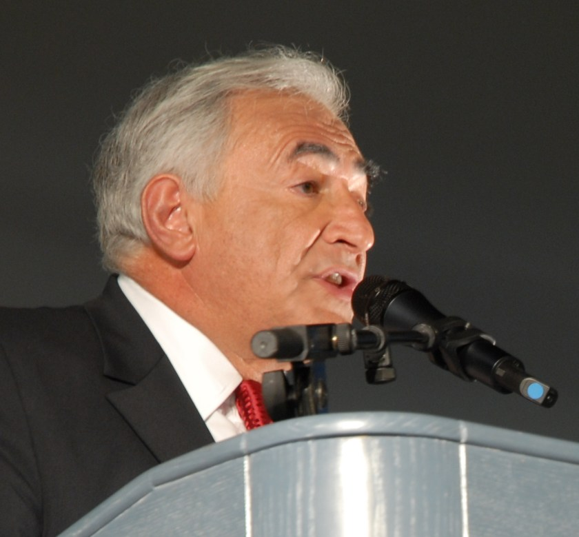 Dominique_Strauss-Kahn_-_Strauss-Kahn_meeting_in_Toulouse_for_the_2007_French_presidential_election_0242_2007-04-13_(cropped)